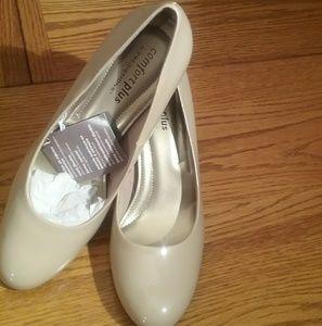 Comfort Plus by prediction pumps shoes.